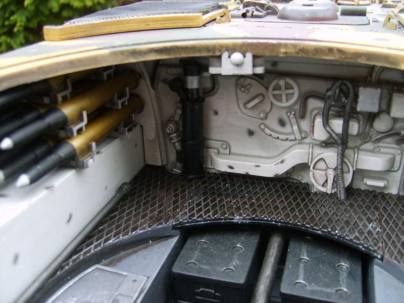 Spirit modelcar afficher le sujet la qu te du graal for L interieur du char de vimoutier